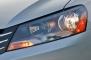 2013 Volkswagen Passat V6 SE Sedan Headlamp Detail